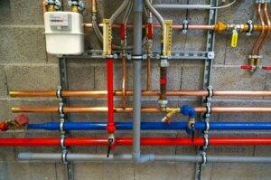 Bild von Gas- und Wasserleitungen